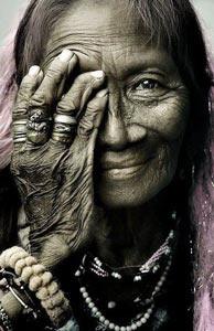 anciana-india2