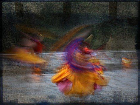 buthan-dancers